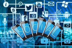 LIST OF SOCIAL MEDIA PLATFORMS AND HOW TO USE THEM TO GET A JOB